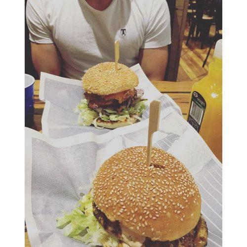 Carl's Jr. Chicken Stuffed Super Star Burger