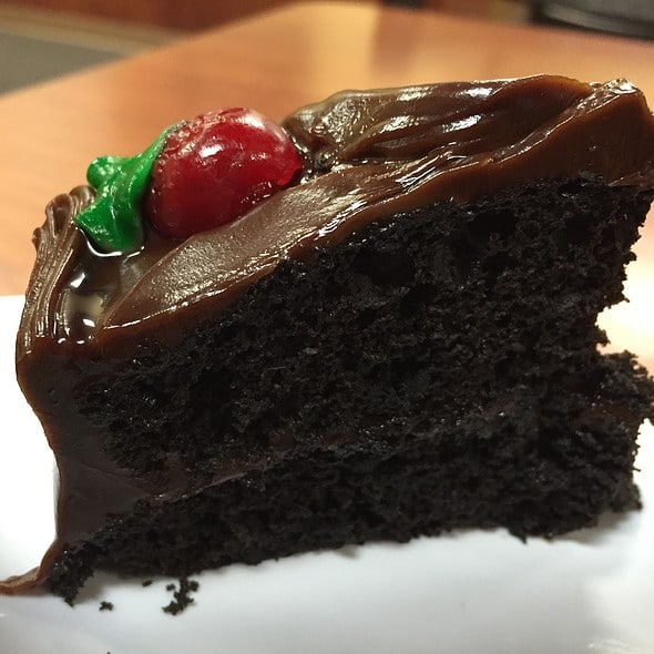 How Many Calories In German Chocolate Cake Per Slice